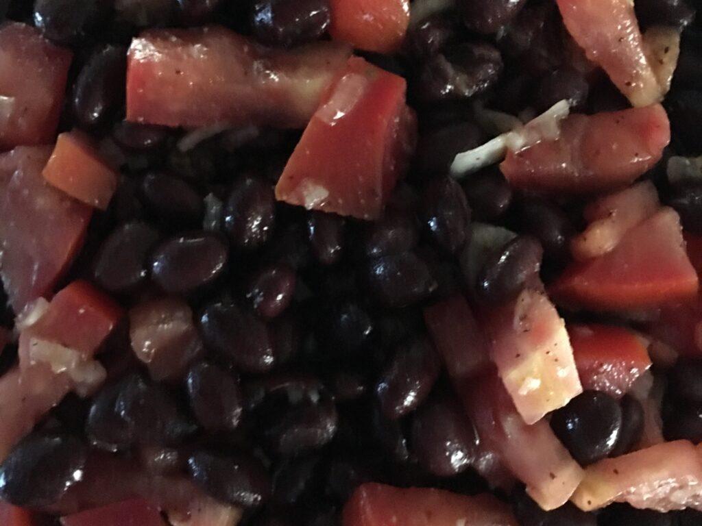 MyHealthyVegas Black Bean and Tomato Salad